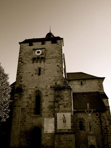 eglise de st michel de bannieres, patrimoine, culture, france 2